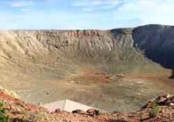 cratère de météorite géant